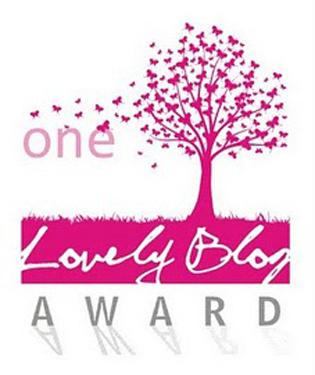 One Lovely Blog Award (1/3)